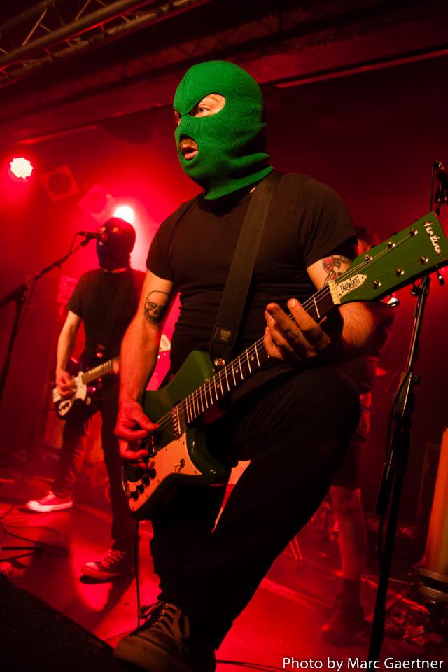 Masked_Intruder_018
