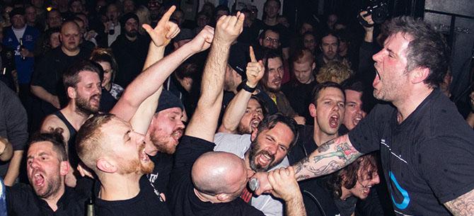Hammerhead / Sniffing Glue – Frankfurt